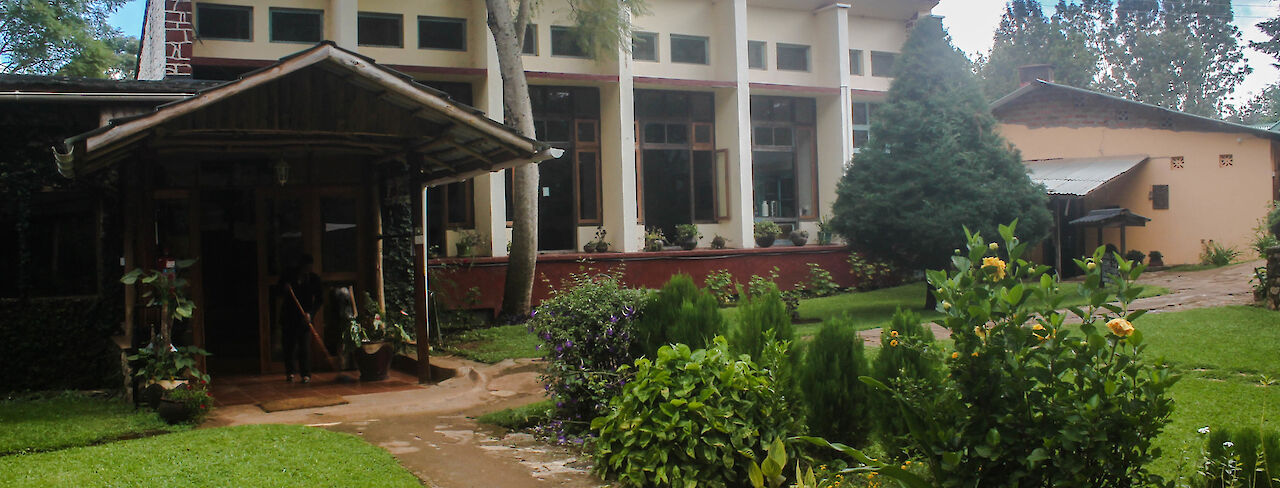 Haupteingang Lawns Hotel