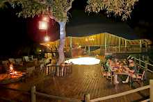 Die Terrasse der Katuma Bush Lodge